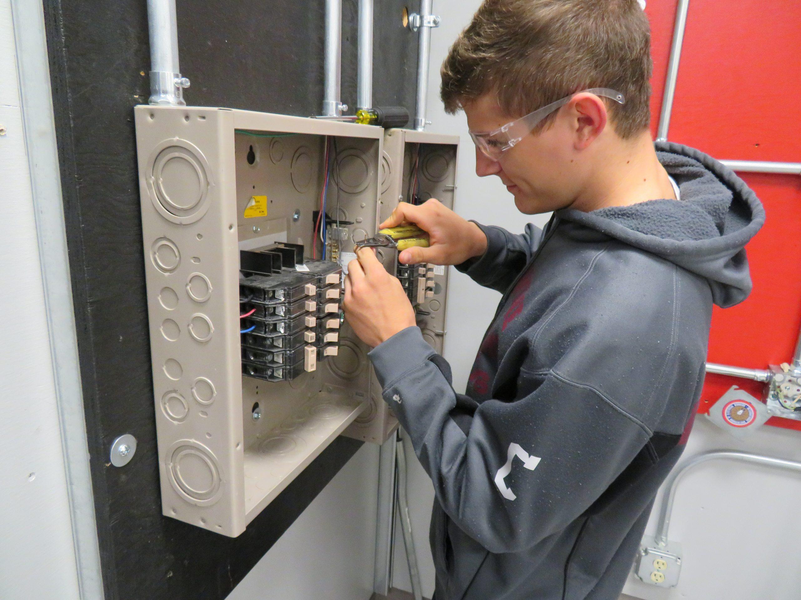IBEW Local 743 Apprentice