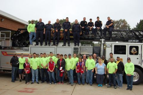 IBEW Local 743 Apprentices Help Community